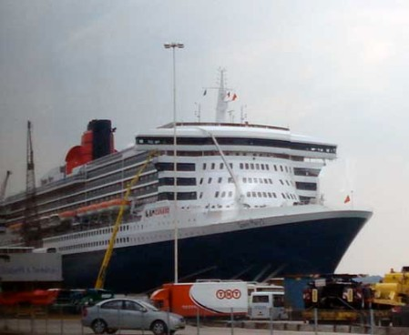 00-qm2-first-look-southampton-dsc06802-useme
